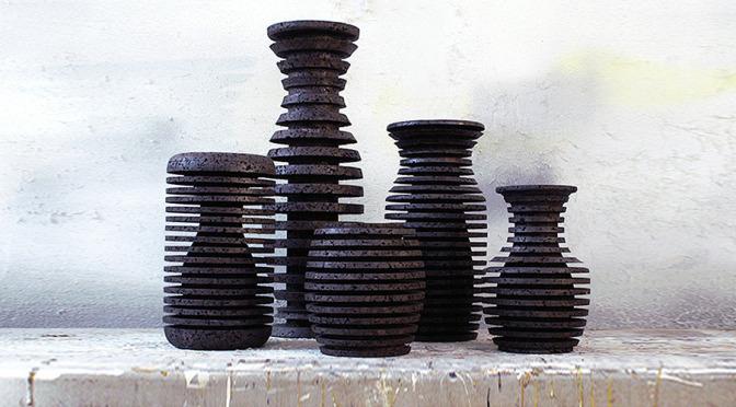 Schizo Vases