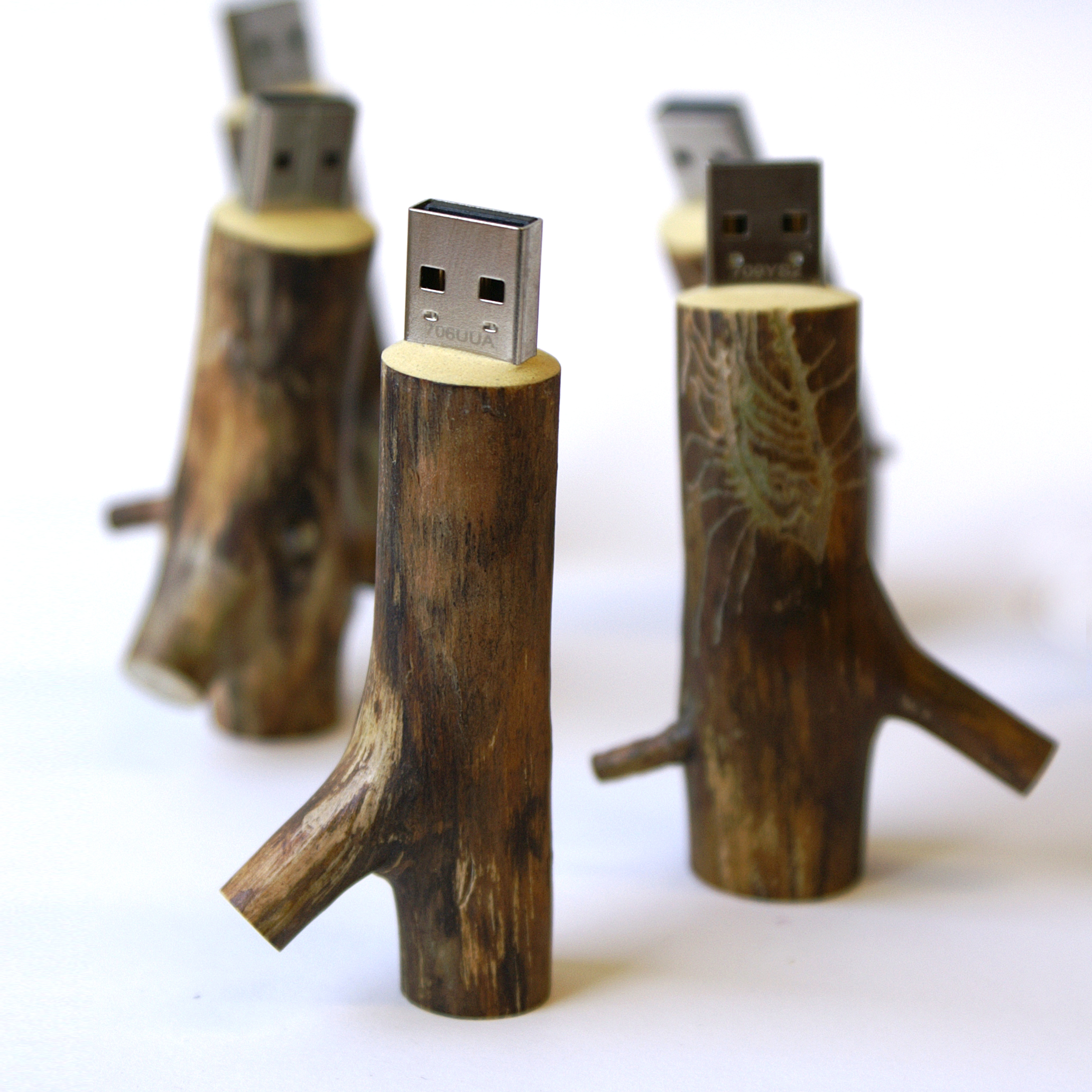 wooden usb stick 32 gb oooms. Black Bedroom Furniture Sets. Home Design Ideas